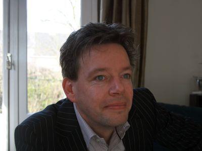 Ron  Looijen