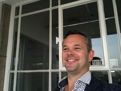 Sander  Peters