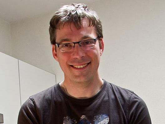 Dennis  Aries