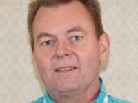Klik voor profiel van Dick  Van der Land